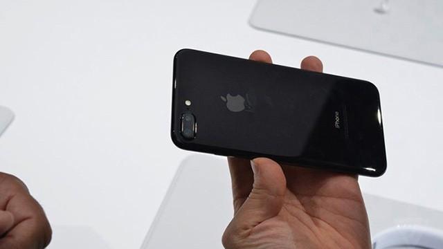 ĐIỆN THOẠI IPHONE 7 PLUS 32 GB QUỐC TẾ ĐẸP NHƯ MỚI