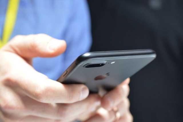 ĐIỆN THOẠI IPHONE 7 PLUS 128GB XÁCH TAY CHẤT LƯỢNG