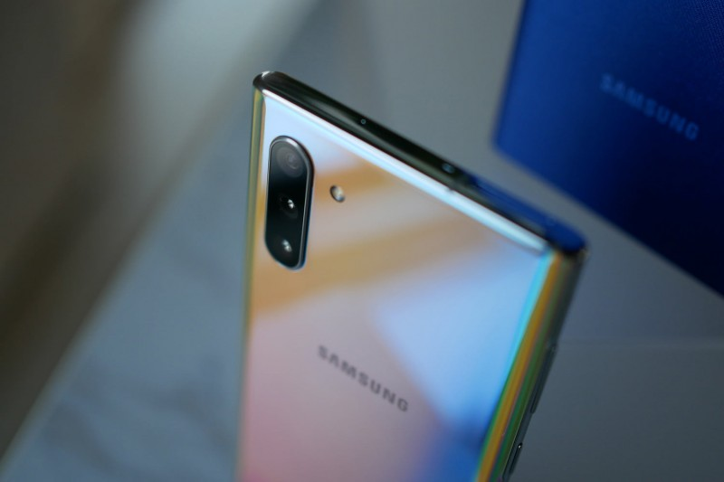 Điện thoại Samsung Note 10 quốc tế giá bao nhiêu 4