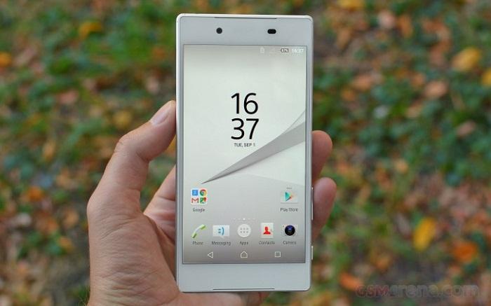 Màn hình hiển thị điện thoại sony z5 xách tay rất sắc nét và chân thực