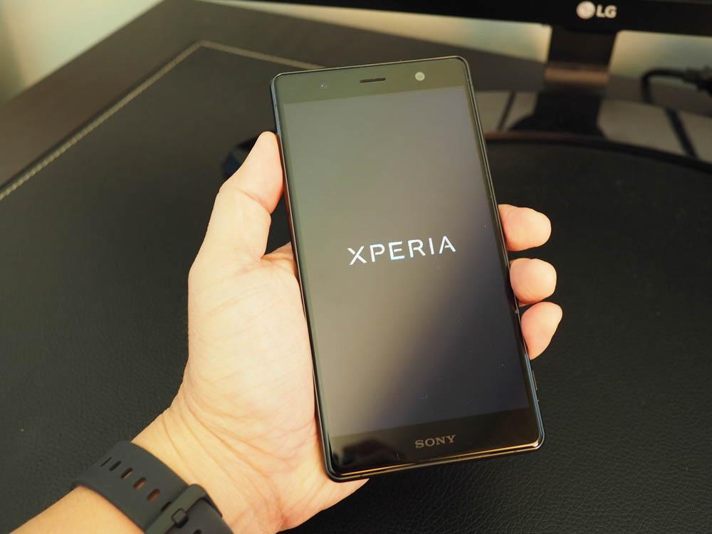Điện thoại Sony Xperia XZ2 Premium giá bao nhiêu tiền 4
