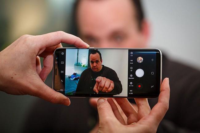 Hình ảnh chân thực sắc nét trên Samsung Galaxy S8 Plus xách tay