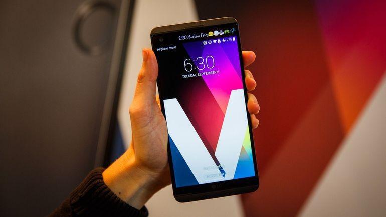 Màn hình hiển thị sắc nét của điện thoại LG V20 2 sim