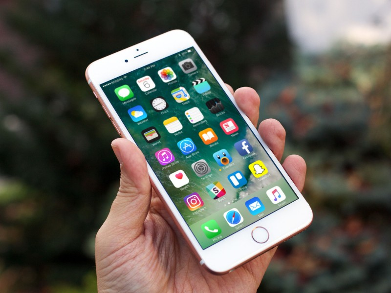 iphone se 64gb chính hãng