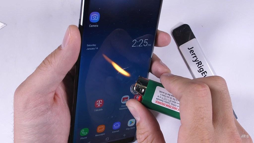 Samsung Galaxy Note 8 có bền không 3