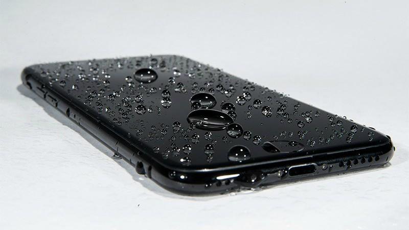 iPhone 7 plus có chống nước không và nên mua điện thoại ở đâu? 1