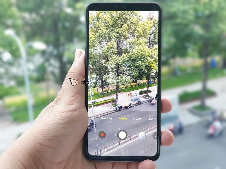 Điện thoại LG V50 giá bao nhiêu tiền - Giải đáp