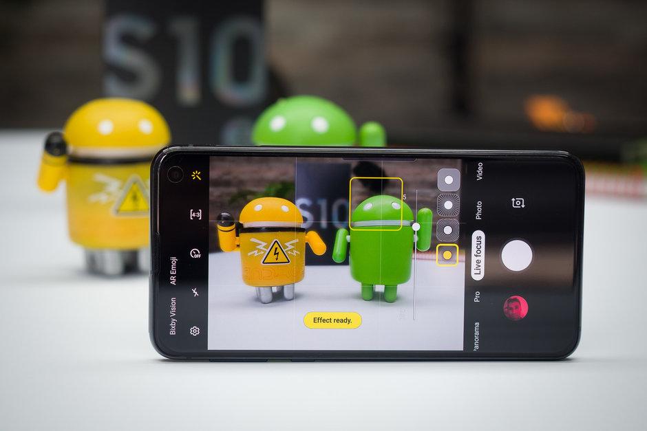 Tính năng nổi bật của Samsung Galaxy S10e xách tay
